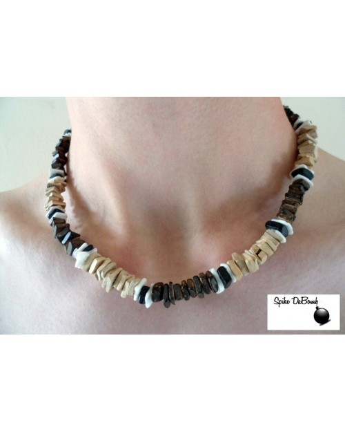 ELASTIC SQUARE CUT BROWN, BLACK AND WHITE SHELL NECKLACE