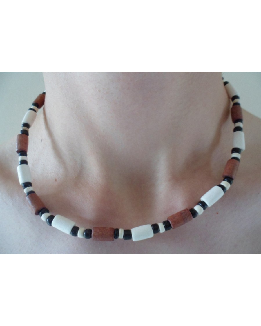 TAN, WHITE WOOD TUBES WITH BLACK & WHITE COCO POKALET NECKLACE