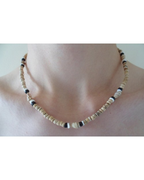 COCO POKALET NAT WITH NASSA SHELL NECKLACE