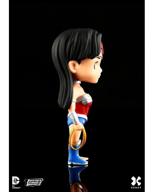 XXRAY x DC COMICS - WONDER WOMAN DISSECTED VINYL ART FIGURE (10cm)
