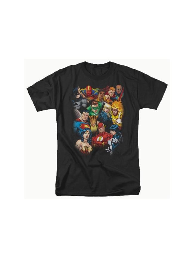 DC COMICS JUSTICE LEAGUE 'ALL HERE' BLACK T-SHIRT INCLUDES BATMAN, SUPERMAN & WONDERWOMAN!