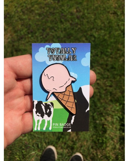 SUPER SWEET PINK GLAZED DRIPPING ICE CREAM (WITH CONE)ENAMEL METAL PIN BADGE