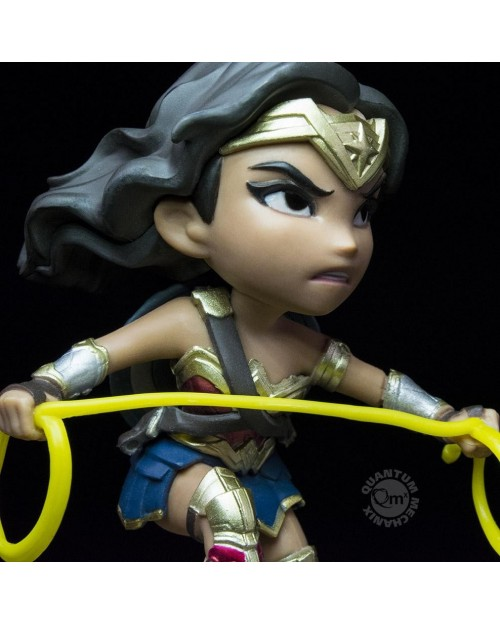 QUANTUM MECHANIX x DC COMICS - WONDER WOMAN (JUSTICE LEAGUE) Q-FIG MINI FIGURE (10 cm)